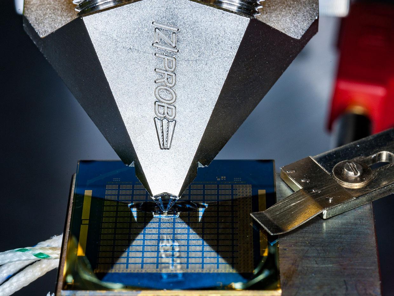 IBM показала 8-битный аналоговый чип памяти с изменением фазового состояния - 1