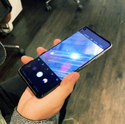 Демонстрация инновационного процесса запуска камеры на новых смартфонах Samsung