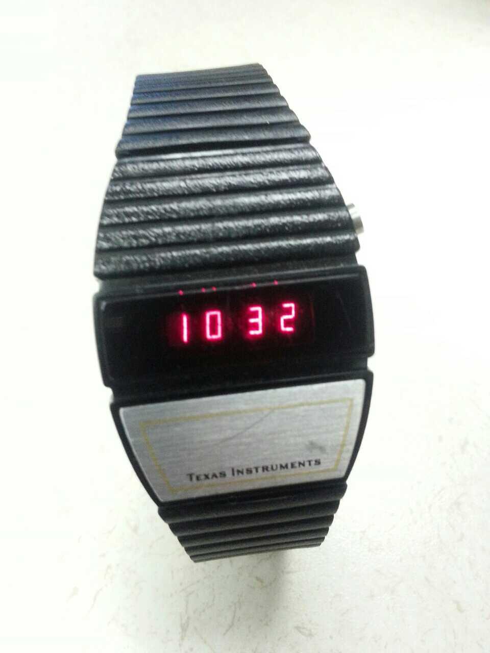 Собираем, ремонтируем и носим винтажные цифровые часы - 12