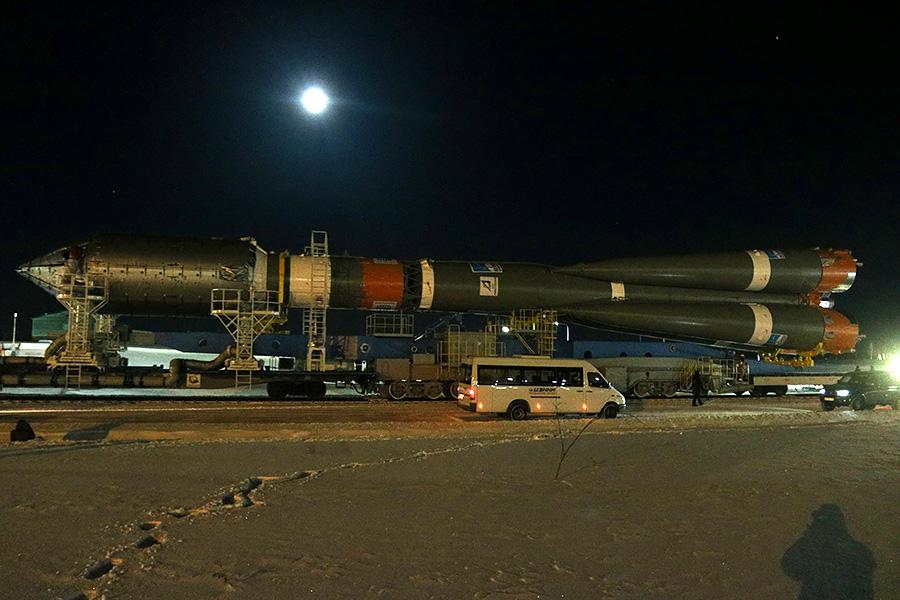 Вывоз ракеты перед стартом на Восточном - 14
