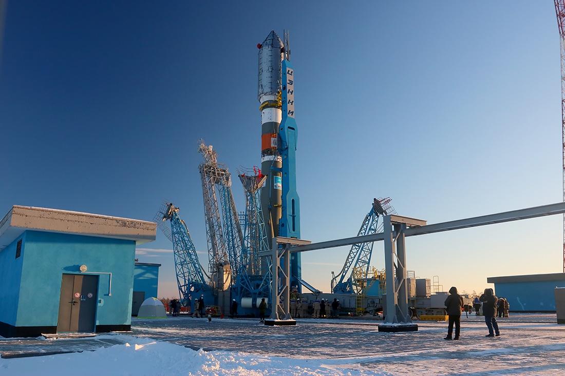 Вывоз ракеты перед стартом на Восточном - 1