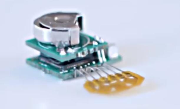 Прототип (бескорпусный) носимого беспроводного ногтевого медицинского датчика от подразделения IBM Research - 3