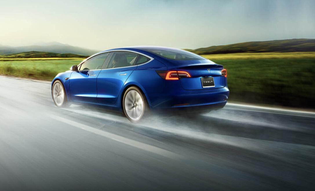 Предварительные данные о производстве и продаже электромобилей компании Tesla за 4-й квартал и за 2018-й год - 1