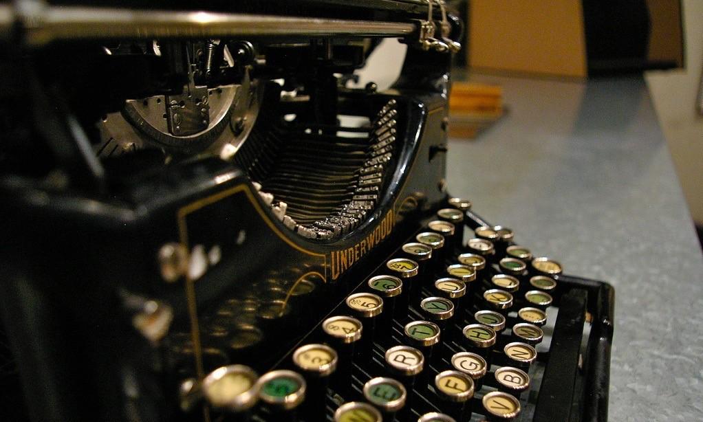 Электронные книги и их форматы: рассказываем про PDF — его историю, плюсы и минусы - 1