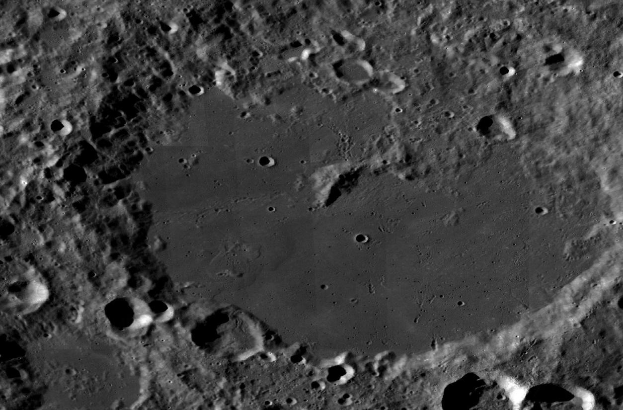 Космический аппарат «Чанъэ-4» совершил успешную посадку на обратной стороне Луны и прислал первое фото - 4