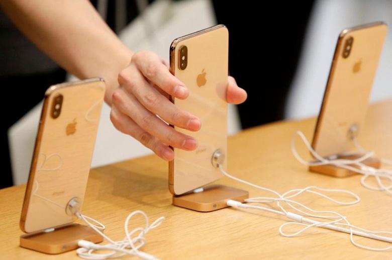 Apple снова сокращает выпуск смартфонов iPhone XS, XS Max и XR