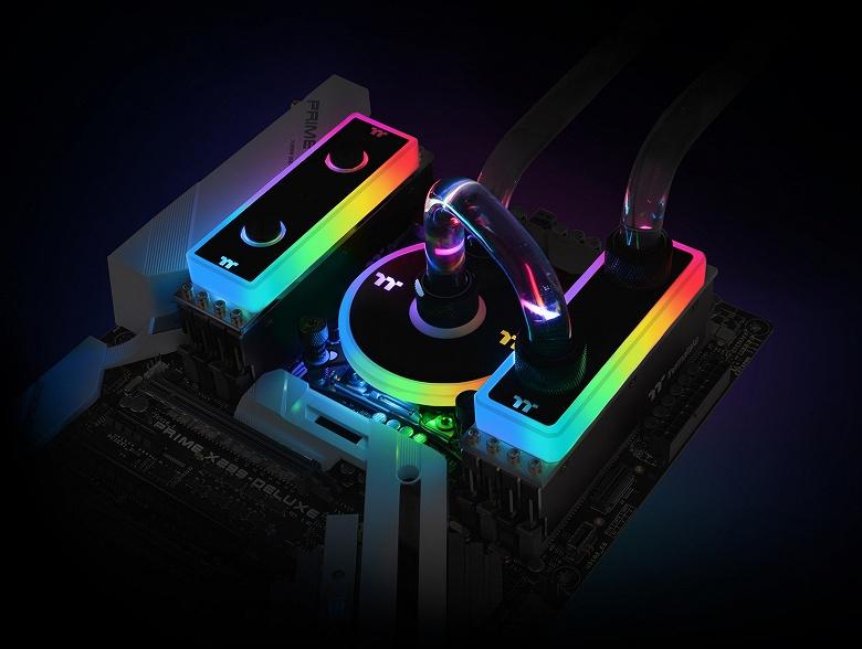 Thermaltake WaterRam RGB — наборы модулей памяти DRAM DDR4-3200 с водяным охлаждением
