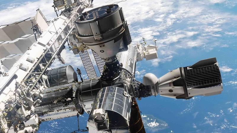 Космический 2019: пилотируемые корабли, новые ракеты и лунные зонды - 1