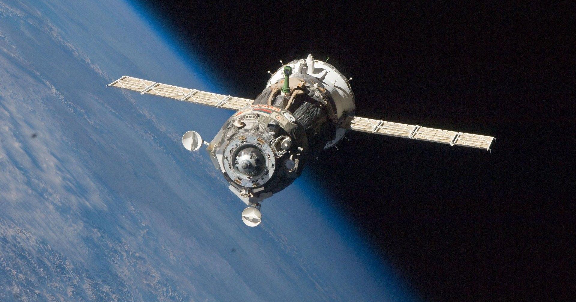 США не смогут летать на МКС без «Союза»