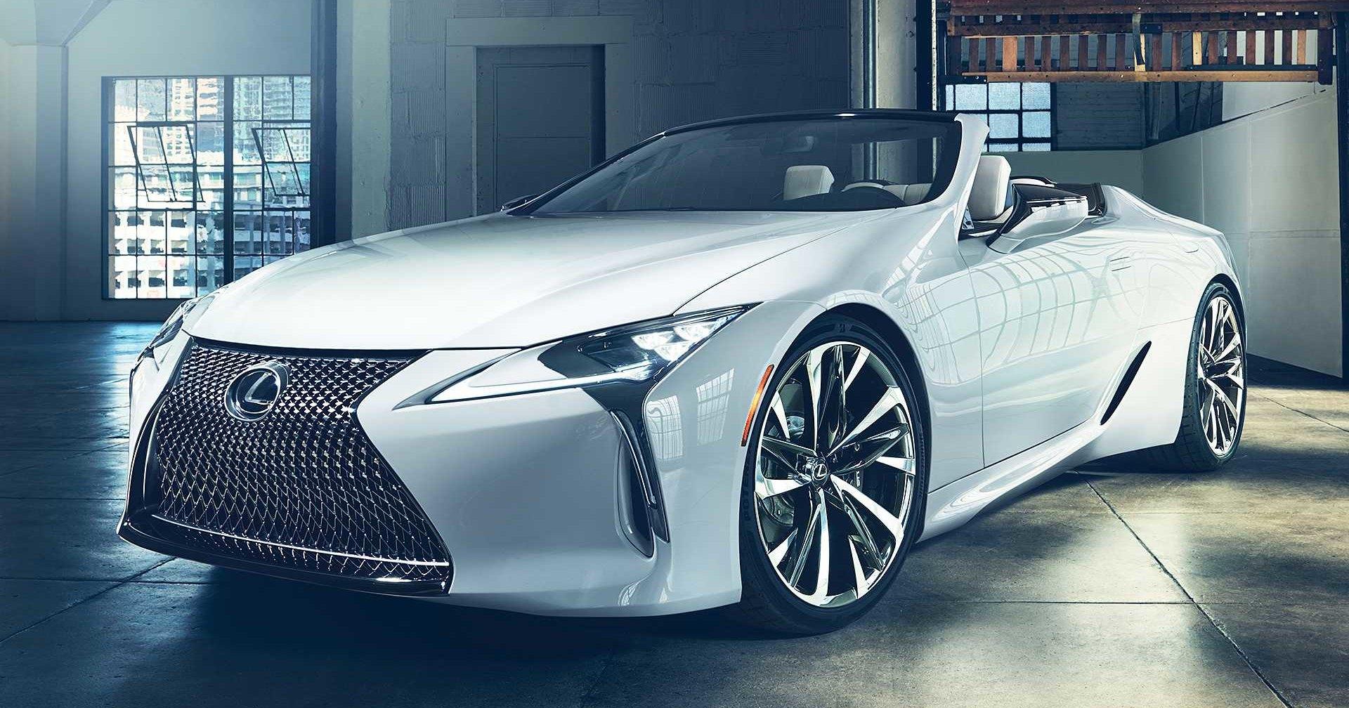 Lexus построил кабриолет LC