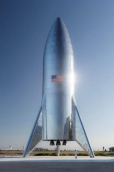 Опубликовано фото готового космического корабля Starship