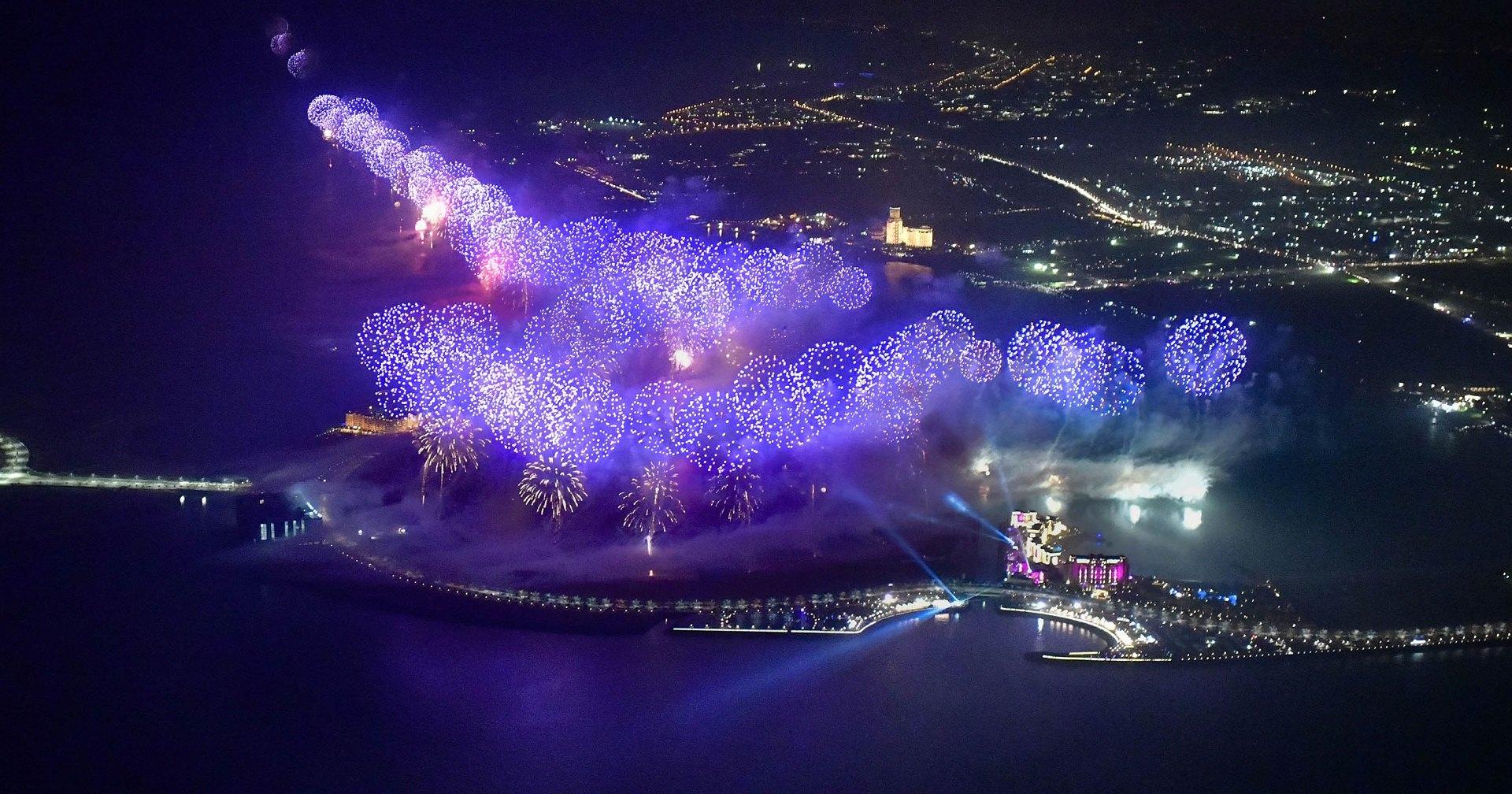 Дважды рекордный новогодний фейерверк: видео