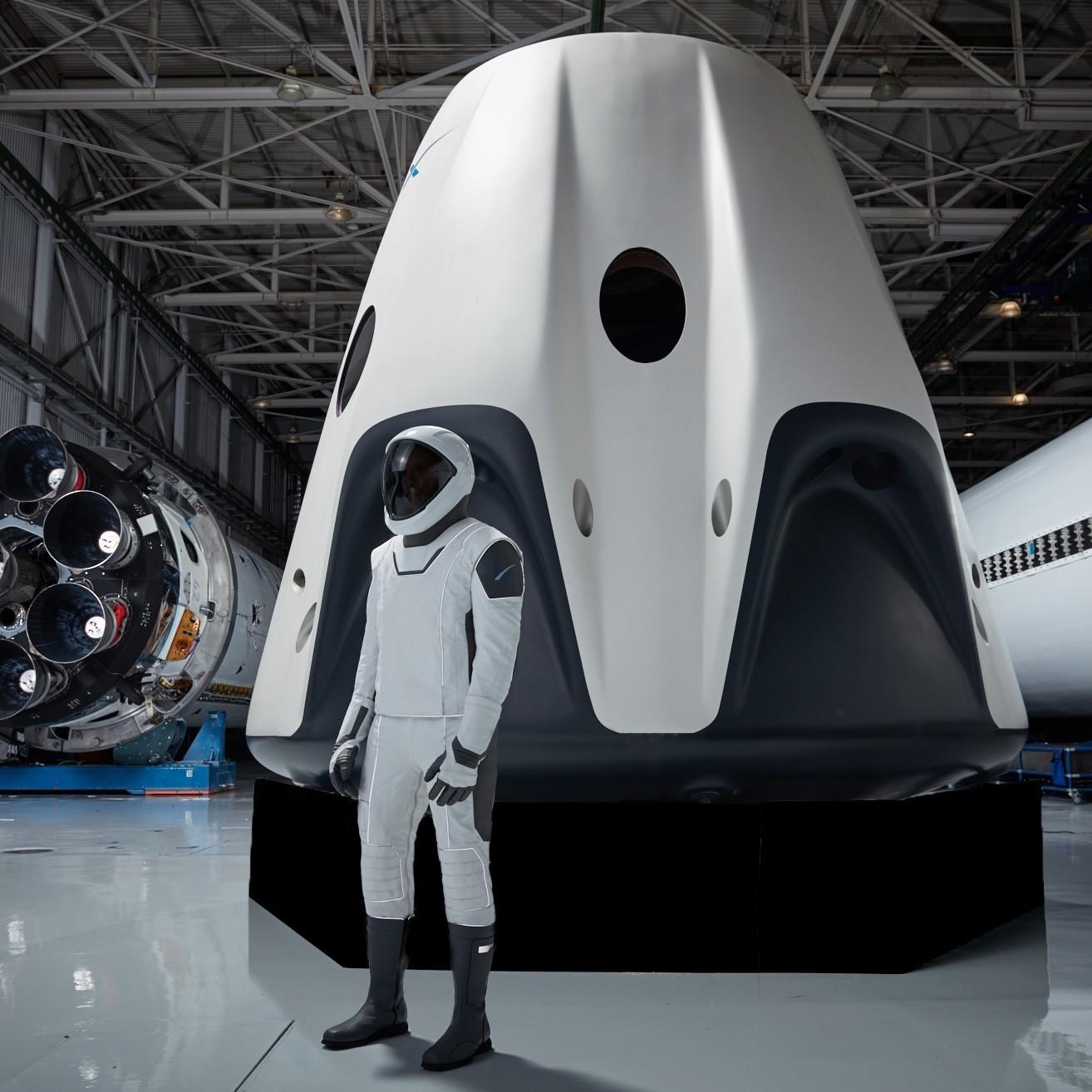 SpaceX показала прототип Starship и сократит 10% персонала - 2