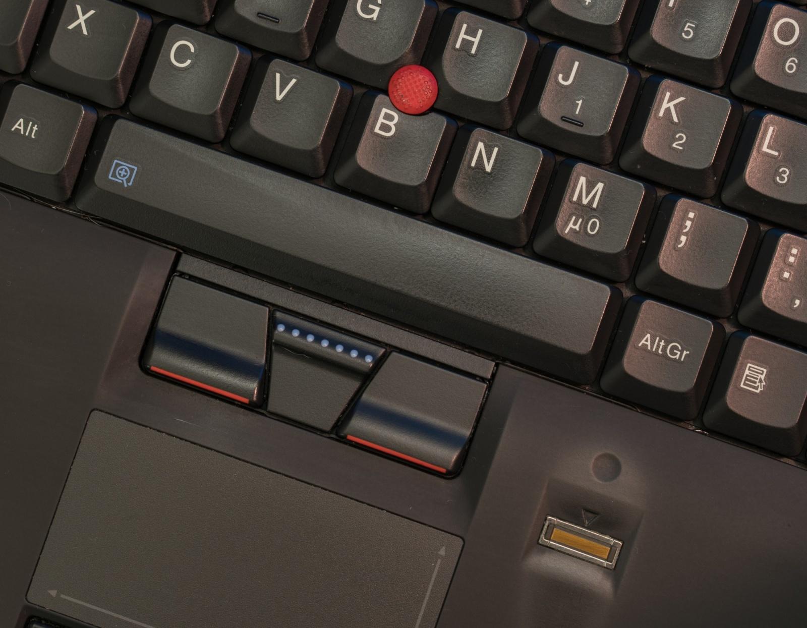 Древности: десять лет эволюции ноутбуков на примере ThinkPad X301 - 4