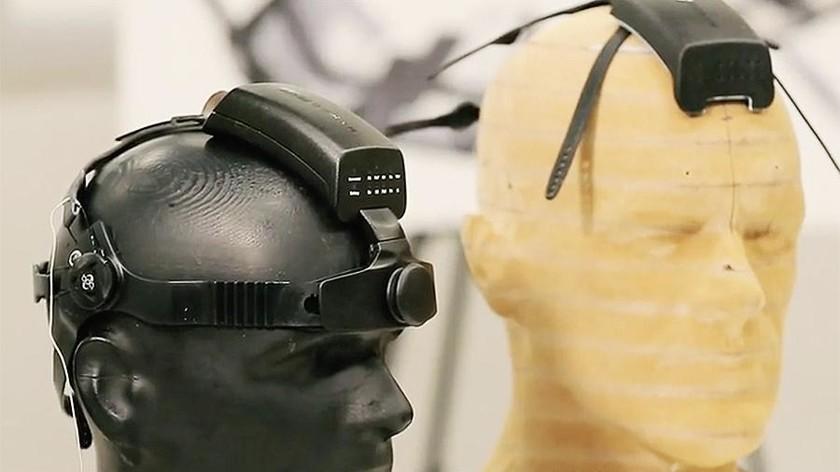 В России приступили к тестированию отечественного нейроинтерфейса «Нейрочат» - 1