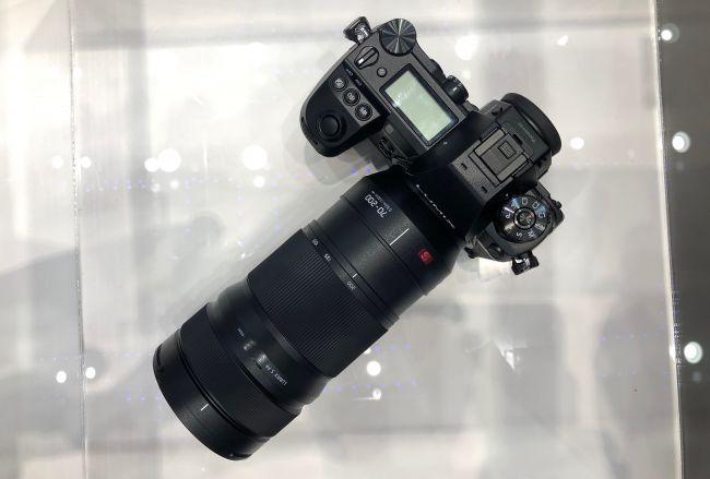Объективу Panasonic Lumix S 70-200mm с креплением L приписывают постоянную максимальную диафрагму f/2,8