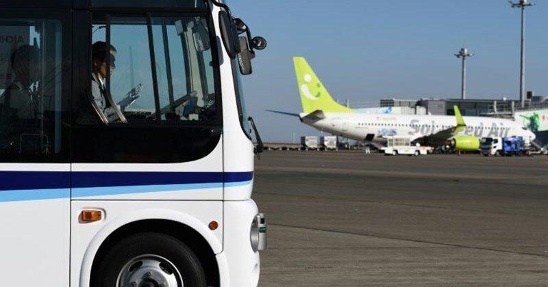 Токийский аэропорт испытает беспилотный автобус