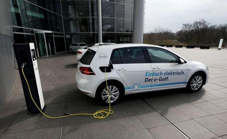 Volkswagen тоже займется выпуском аккумуляторных батарей для электромобилей