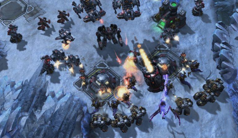 Нейросеть AlphaStar обыграла профессионалов StarCraft II со счётом 10−1 - 1