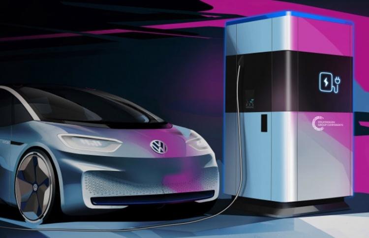 Volkswagen запустит производство мобильных зарядных станций для электромобилей