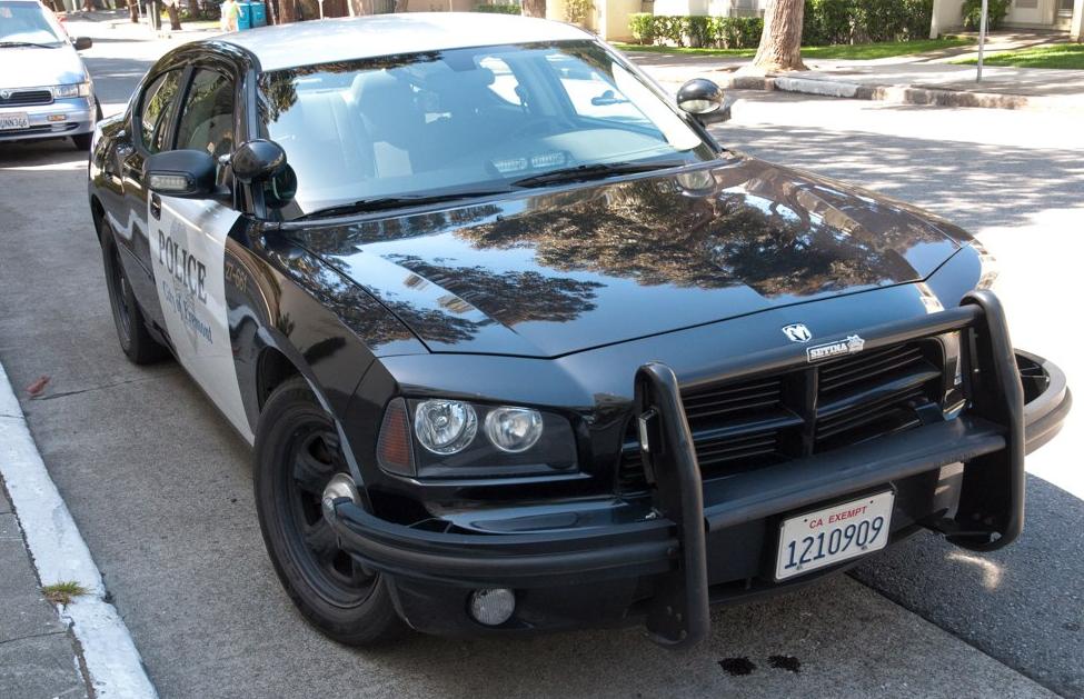 Б-у Tesla Model S 85 на службе департамента полиции города Фримонт, штат Калифорния, США (там, где завод Tesla) - 2