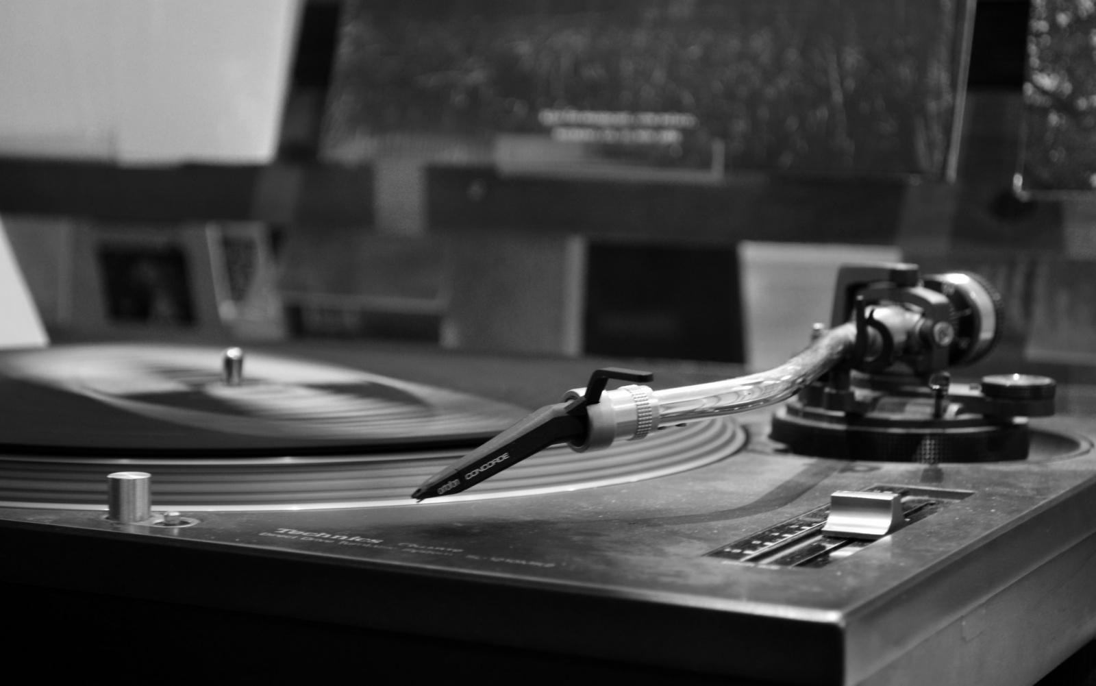 Чтение на выходные: 10 материалов о виниле — от производства до домашнего прослушивания и ухода - 2