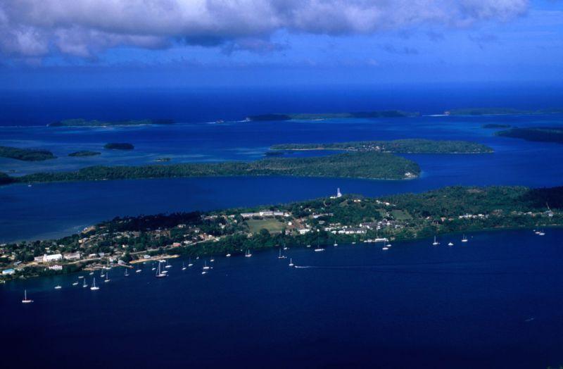 Повреждение подводного кабеля оставило без интернета целую страну - 1