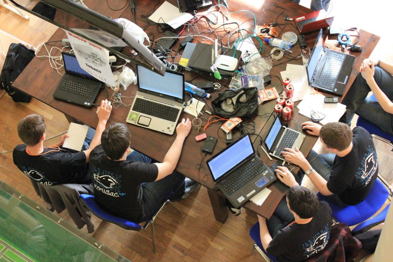 Две истории о том, как проходили мероприятия по программированию в Екатеринбурге - 1