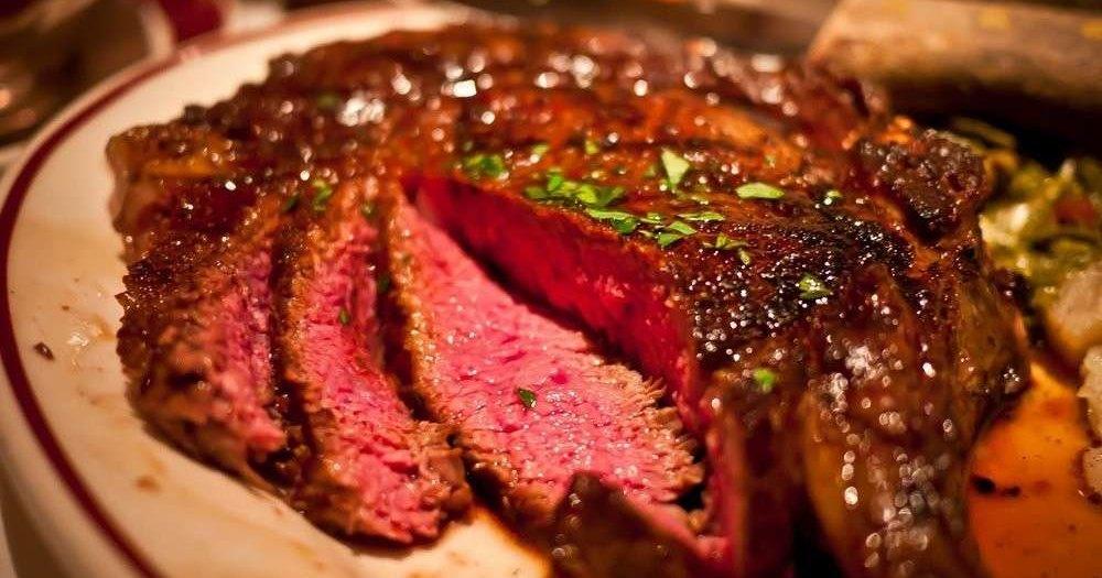Сексуальное влечение ведет к мясной диете