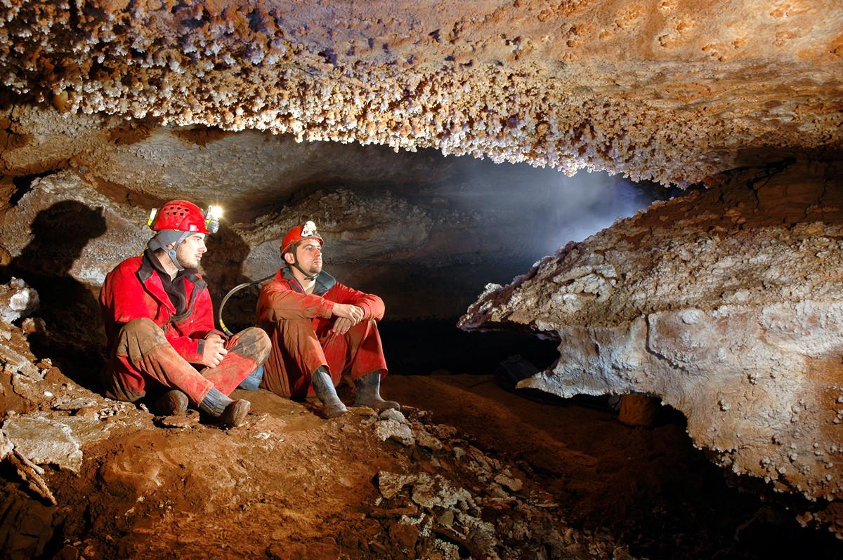 Как мы из пещеры SMS отправляли - 1