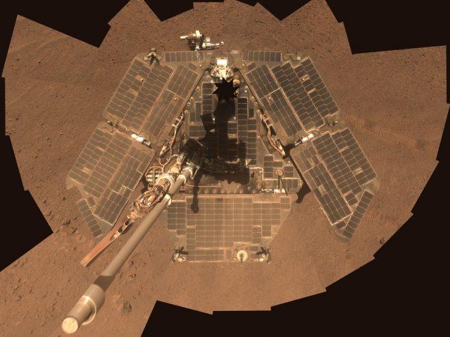 НАСА продолжает попытки связаться с Opportunity - 2