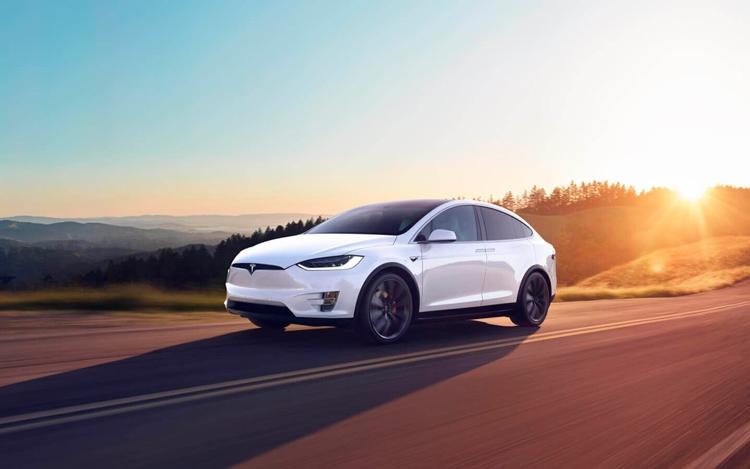 Спрос на Tesla в России упал на 15%, при этом рынок электромобилей вырос в 1,5 раза