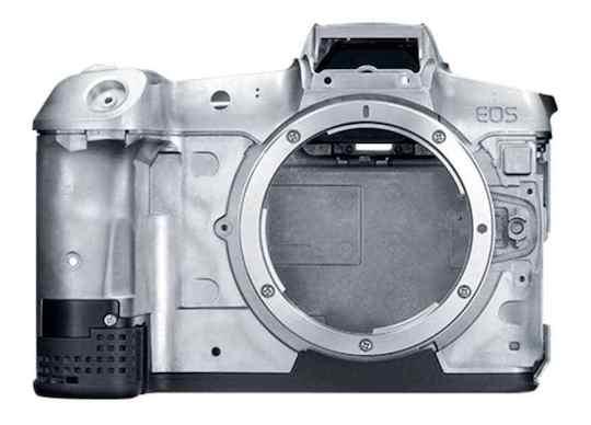 Стали известны основные технические данные камеры Canon EOS RP