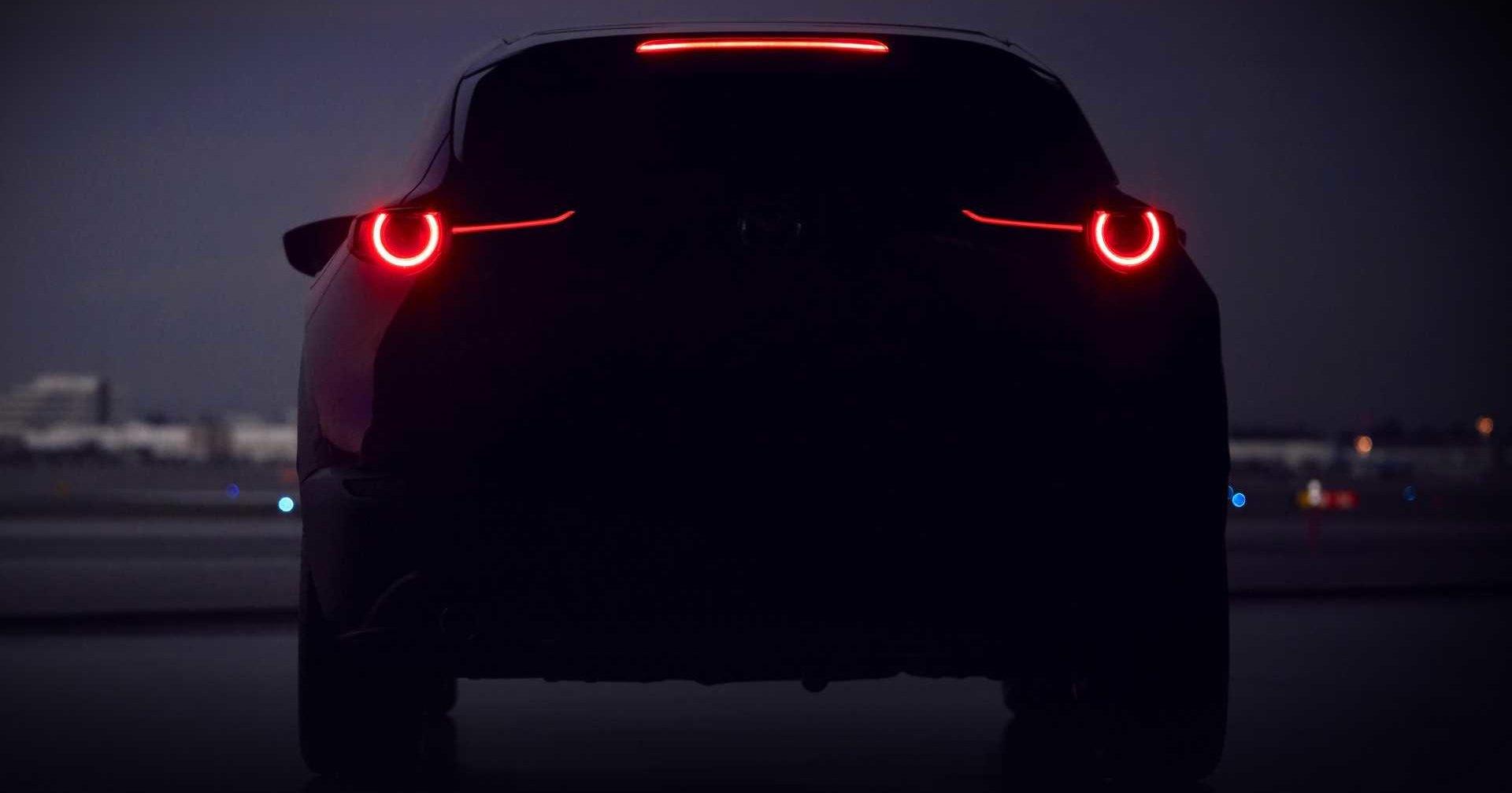 Новый кроссовер Mazda: изображение