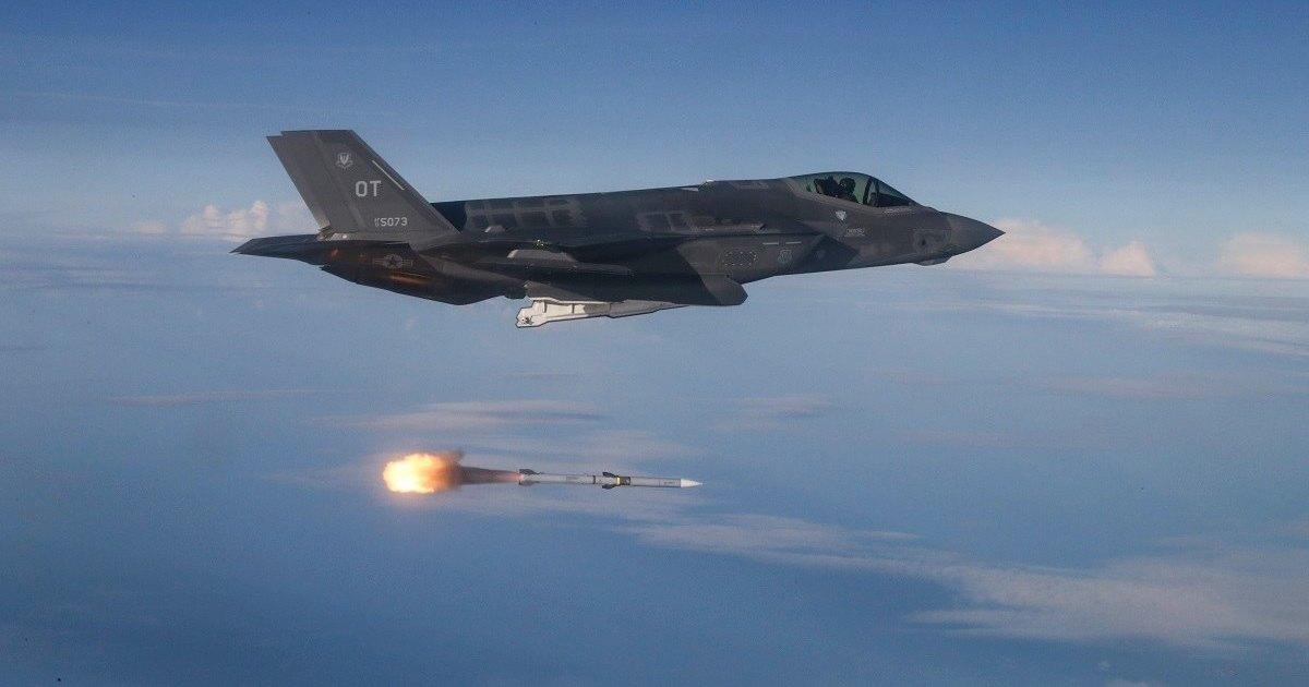 F-35 снова попал под огонь критики