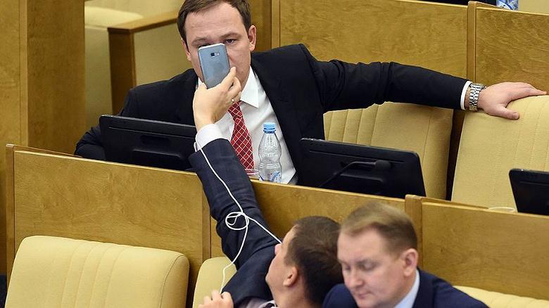 В России запретят продавать смартфоны и ноутбуки без отечественного ПО
