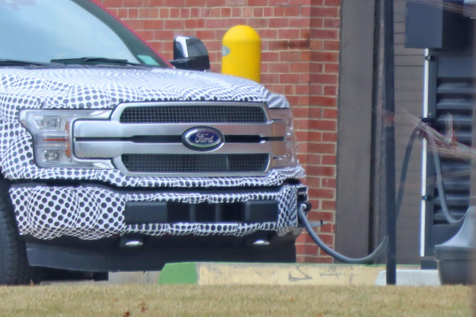 Электропикап Ford F-150 EV — в прототипе и тестируется на дороге - 1