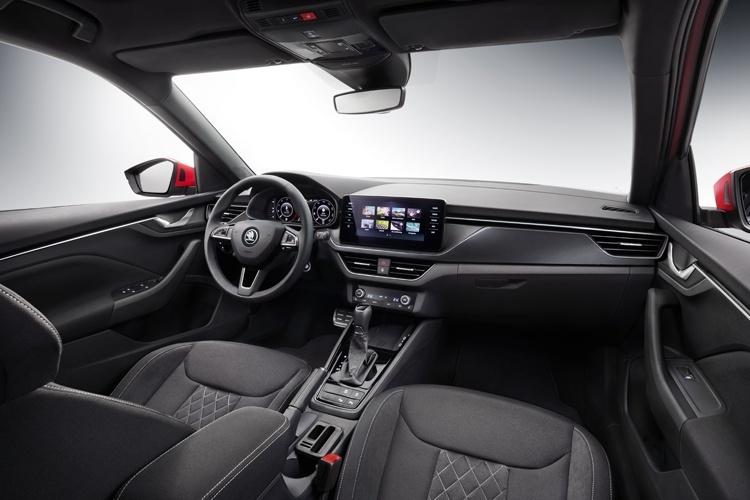 Рассекречен интерьер городского кроссовера Škoda Kamiq