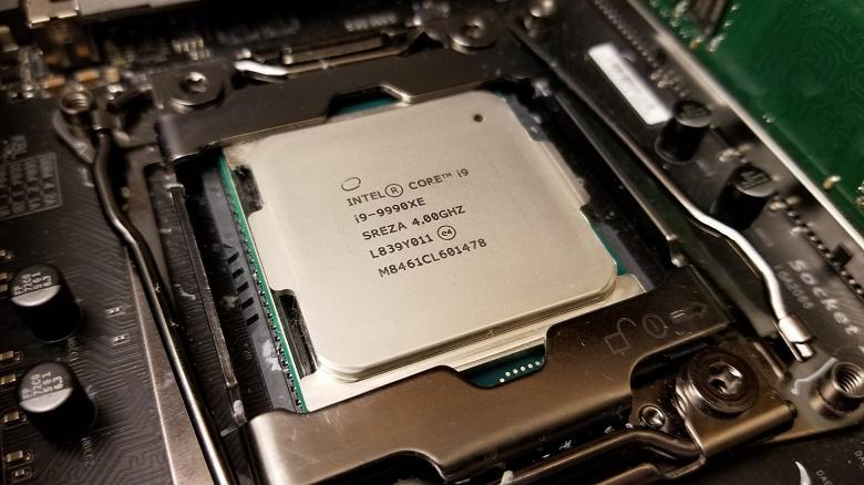 Новые подробности о 14-ядерном процессор Core i9-9990XE: частота до 5,1 ГГц и несовместимость с воздушными системами охлаждения
