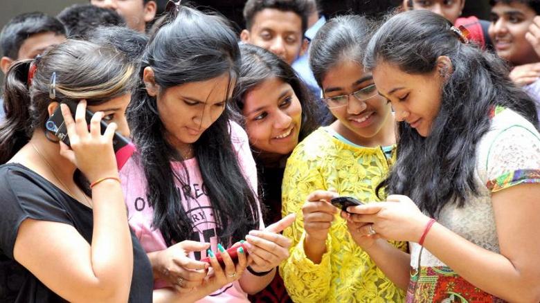 Для индийского рынка смартфонов минувший год стал рекордным