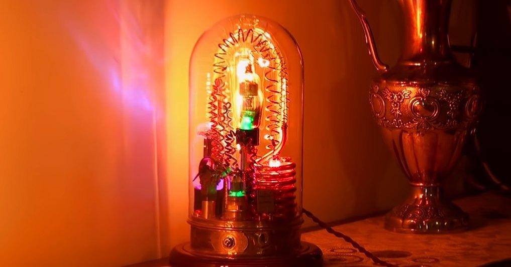Как сделать стильную дизельпанковую лампу своими руками