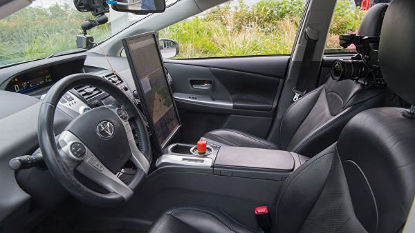 В России запустят беспилотные такси с виртуальным водителем-собеседником