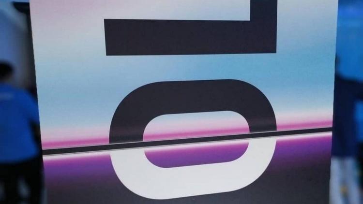 Samsung 15 марта выпустит ограниченное издание Galaxy S10+ с 12 Гбайт оперативной и 1024 Гбайт флеш-памяти