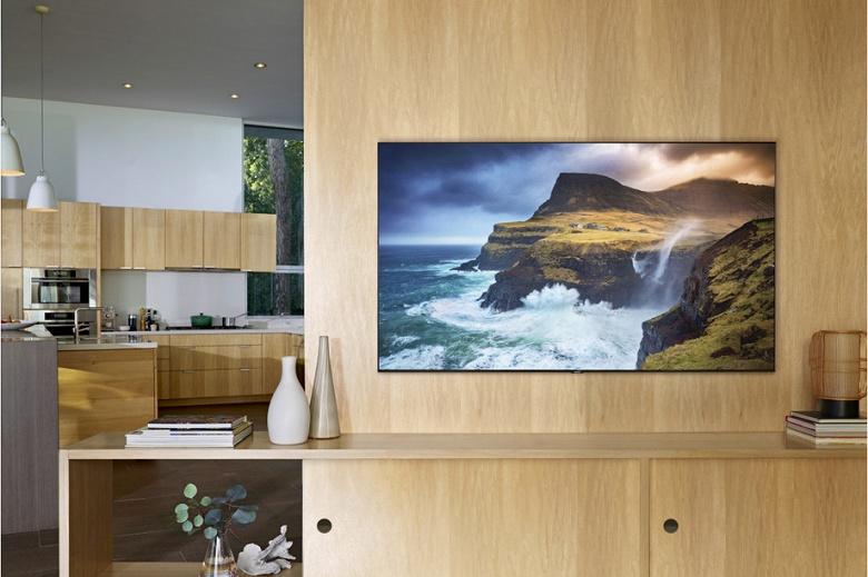 Удивительные цены. Стартовали продажи новых телевизоров Samsung QLED с поддержкой iTunes