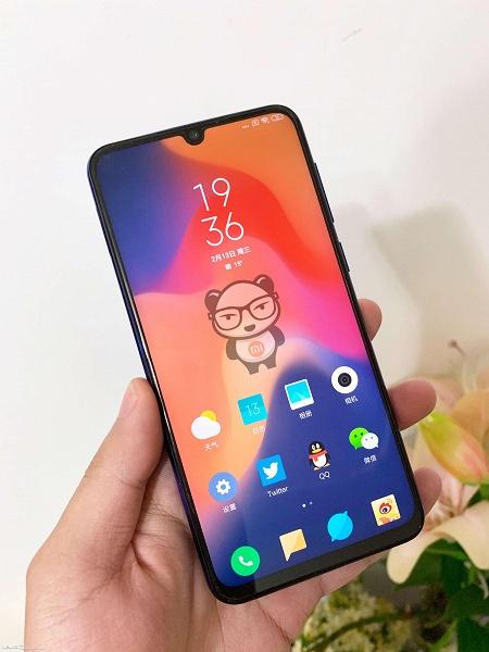 Каплевидный вырез и интегрированный в рамку громкоговоритель: опубликовано качественное фото фронтальной панели Xiaomi Mi 9