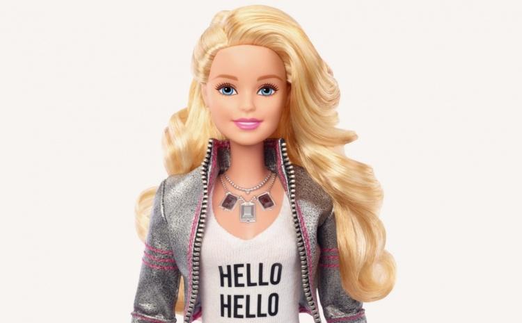 Apple приобрела компанию, научившую куклу Барби понимать речь