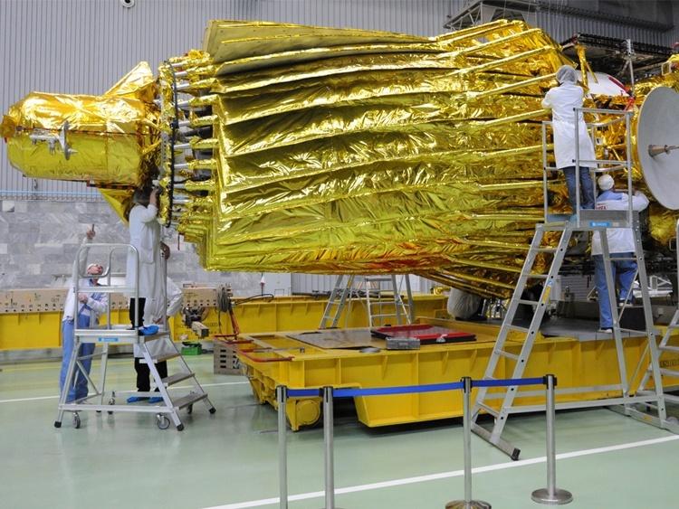 Попытки установить связь с обсерваторией «Спектр-Р» продлятся ещё три месяца