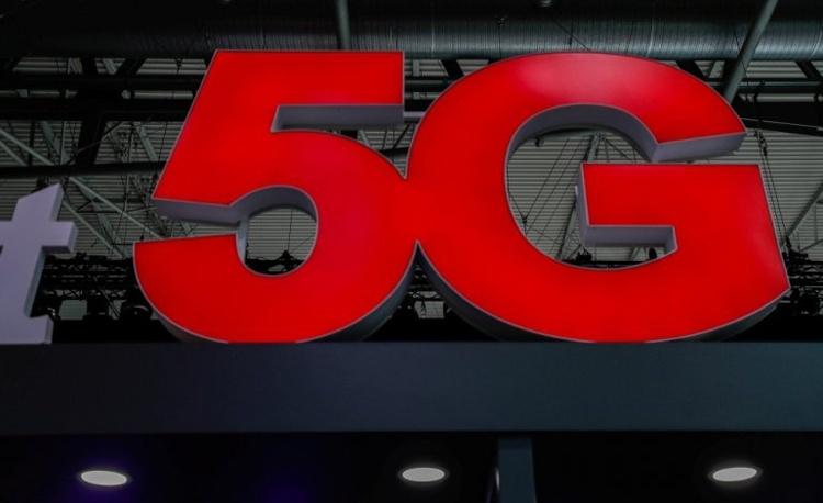 Великобритания надеется снизить риски от использования 5G-оборудования Huawei