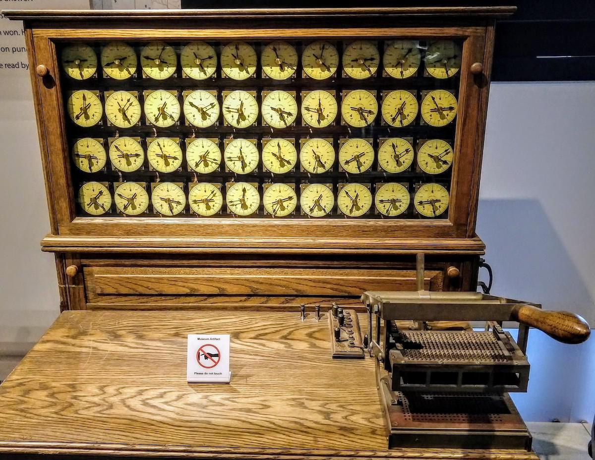 Бухгалтерские машины, IBM 1403, и почему 132 колонки – это стандарт для принтеров - 3