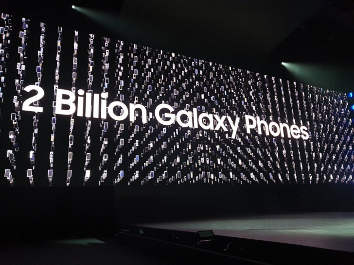 Samsung продала 2 миллиарда смартфонов Galaxy